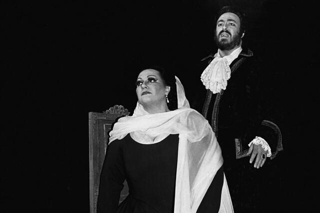 Montserrat Caballé and Luciano Pavarotti in Un Ballo in Maschera, 1981 © ROH. Photograph by Donald Southern