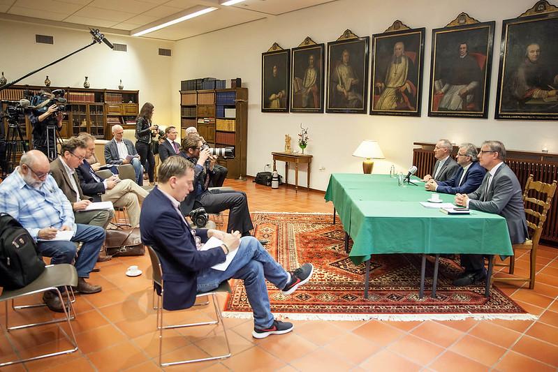 Persconferentie benoemd bisschop Mgr. Harrie Smeets