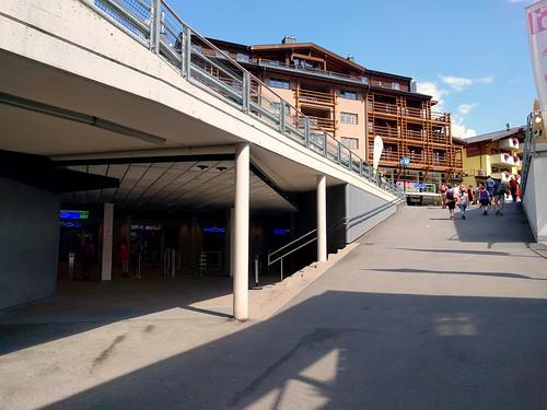 Big city or rural village? - The Seilbahn metro station in Serfaus