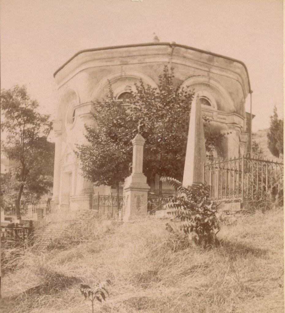 Церковь на Католическом кладбище