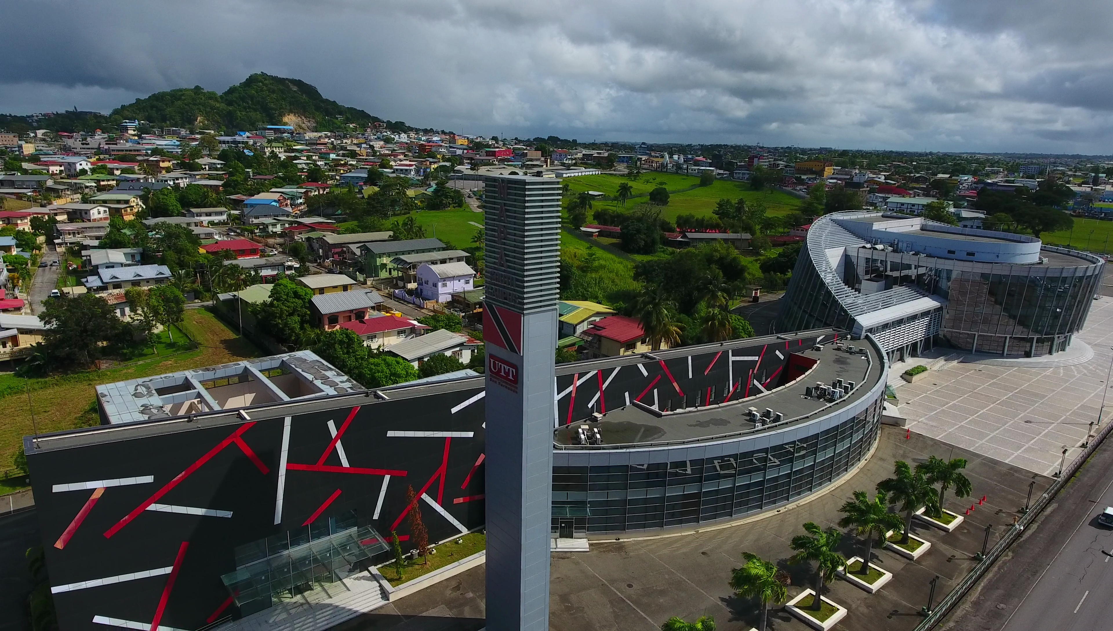 University of Trinidad and Tobago, San Fernando campus located on the SAPA Compound. Left: University of Trinidad and Tobago (UTT) San Fernando campus. Right: Southern Academy for the Performing Arts (SAPA). San Fernando, Trinidad and Tobago. Note how the building ensemble forms an actual clef. Photo taken as part of the Southern Trinidad Aerial Photo Project, a small project sponsored by WMDE. Drone used: DJI Phantom 4. Snapshot taken from video footage via VLC. Photo taken on December 23, 2016.