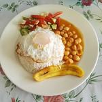 Einheimische vegetarische Variante des Mittagstischs in Ecuador