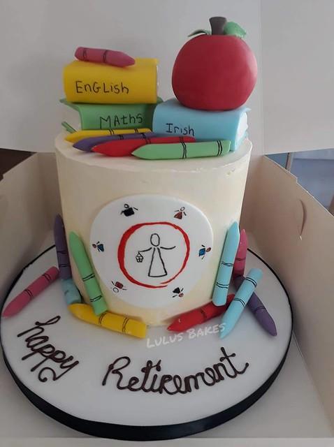 Cake by Lulu's Bakes.