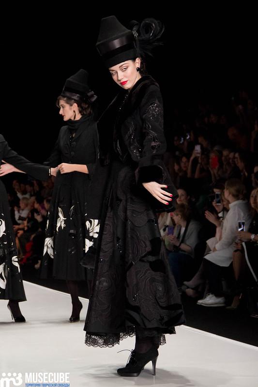mercedes_benz_fashion_week_slava_zaitsev_nasledie_007