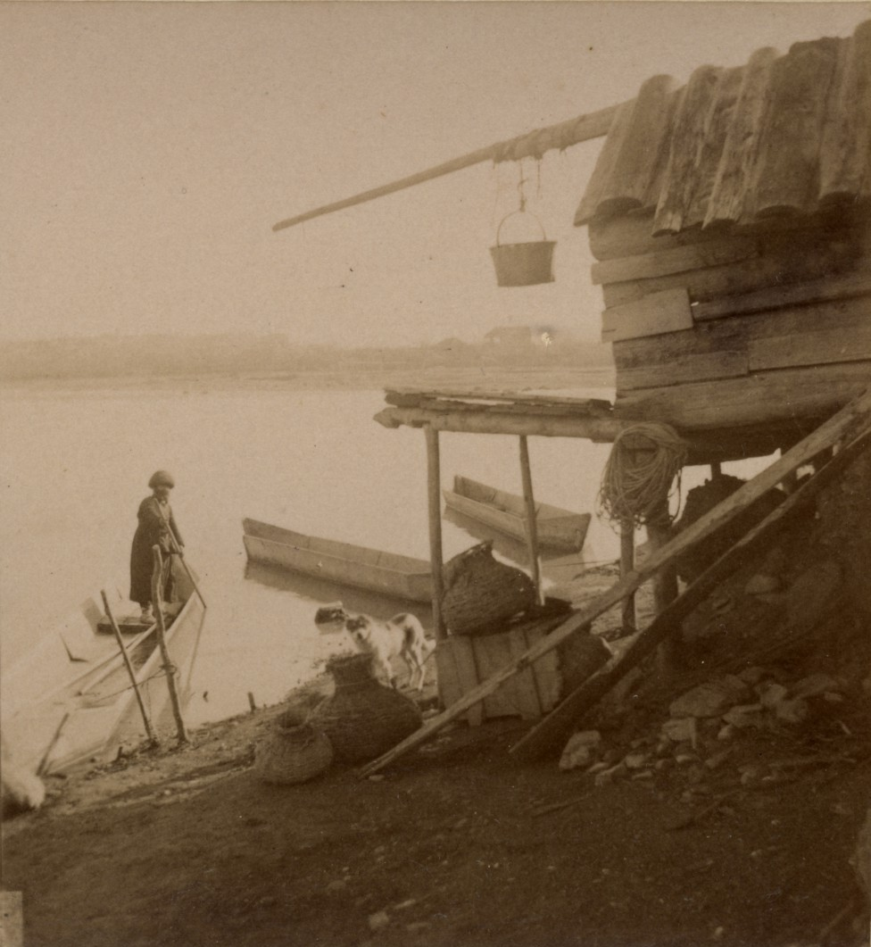 Рыбацкая хижина на берегу р. Куры
