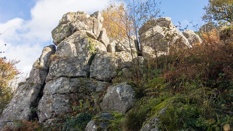 Pin Tor lower outcrops