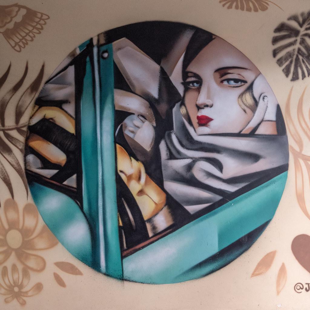 Street art barcelonais... 43838256360_947b5935ba_b
