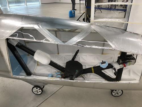 名古屋大学 人力飛行機 制作サークル AirCraft Zephyranthes コックピット IMG_0990