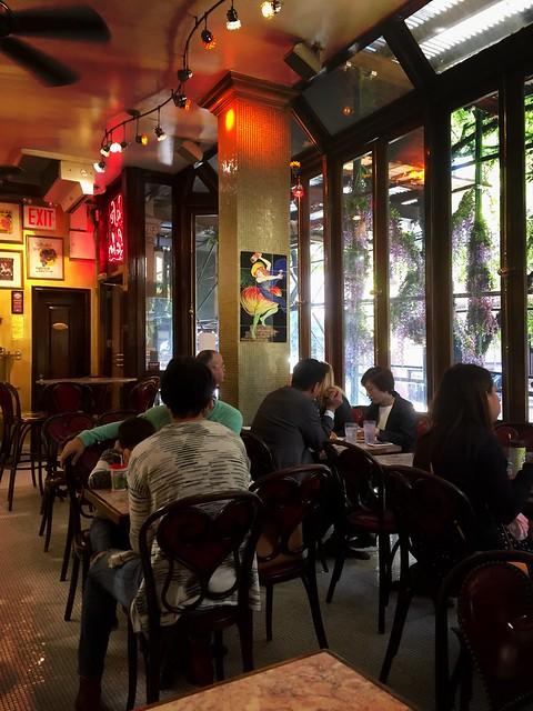 """Café """"Lalo""""( der """"Platz"""")"""