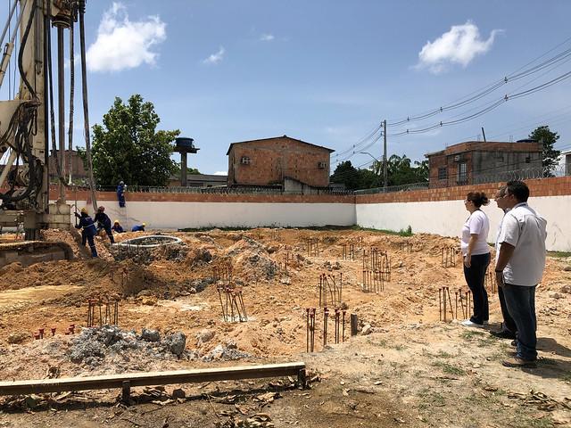 24.09.18 Ageman vistoria construção de novos reservatórios de água.