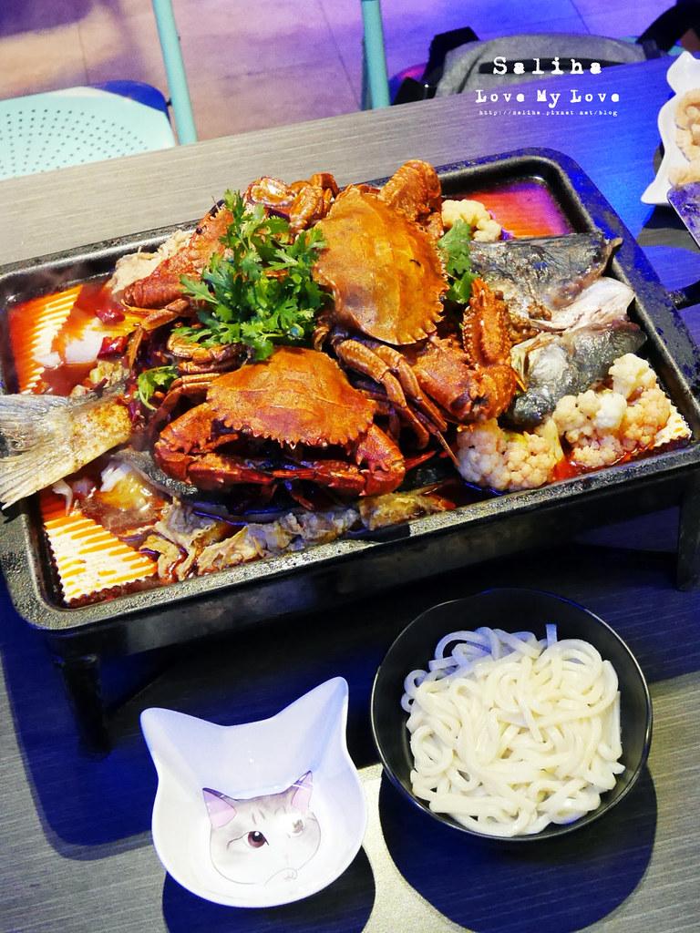 新北中和大份量好吃海鮮螃蟹火鍋餐廳推薦水貨炭火烤魚中和店 (4)