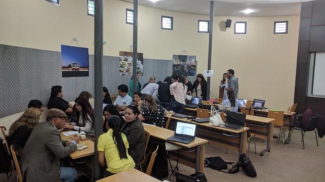 Taller y Conferencia en Universidad Nacional de la Asunción