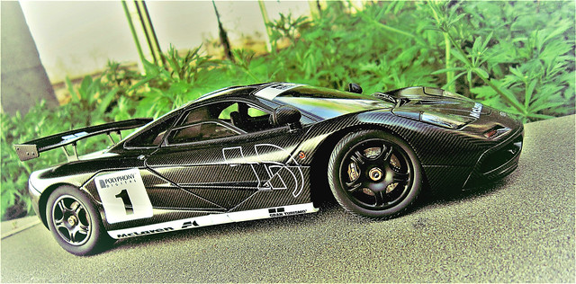AUTOart Mclaren F1 Stealth, Canon POWERSHOT A3300 IS