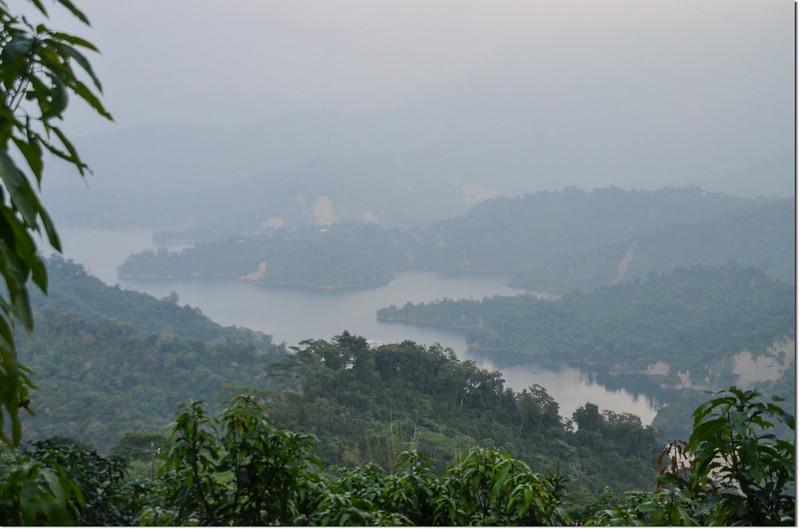 竹頭山俯瞰曾文水庫