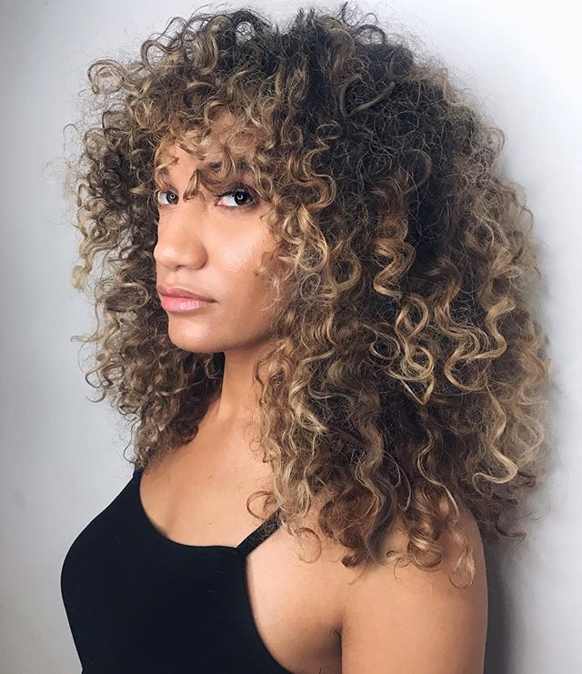 Best Haircuts For Curly Hair 2019 That Stand Out 12