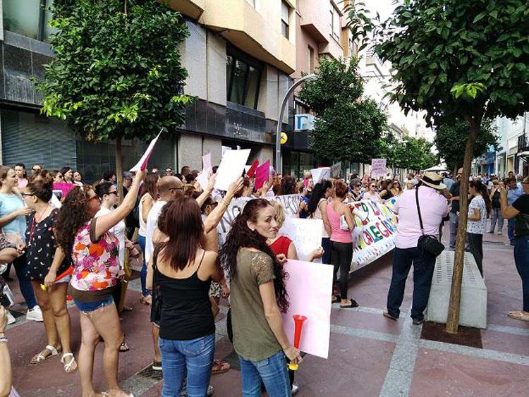 Manifestacion padres CEIP Los Arcos3