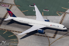N504DN Airbus A350 Delta Airlines Los Angeles airport KLAX 12.09-18