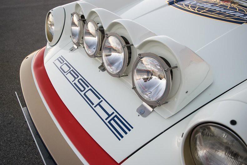 b399e790-porsche-911-scrs-rothmans-14