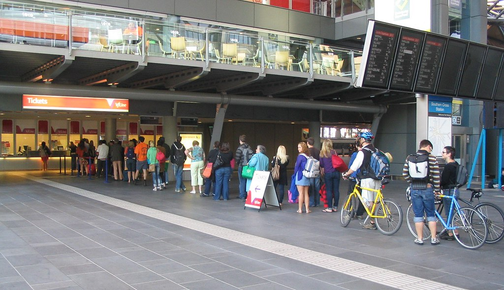 Queues for V/Line tickets, Southern Cross Station, October 2008