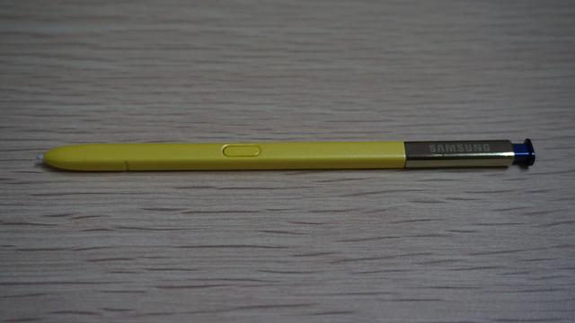 Pena digital S Pen Galaxy Note 9 yang dilengkapi dengan koneksi Bluetooth Low Energy (Liputan6.com/ Agustin Setyo W).