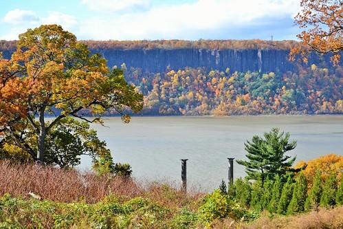 newyorkstate westchester county yonkers untermyer park garden vista palisades hudson river