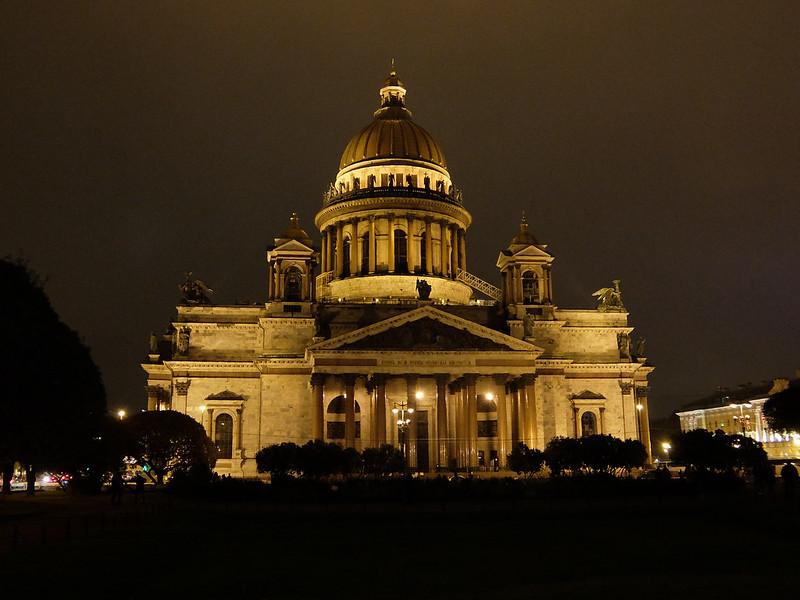 Санкт-Петербург - Исаакиевский собор вечером