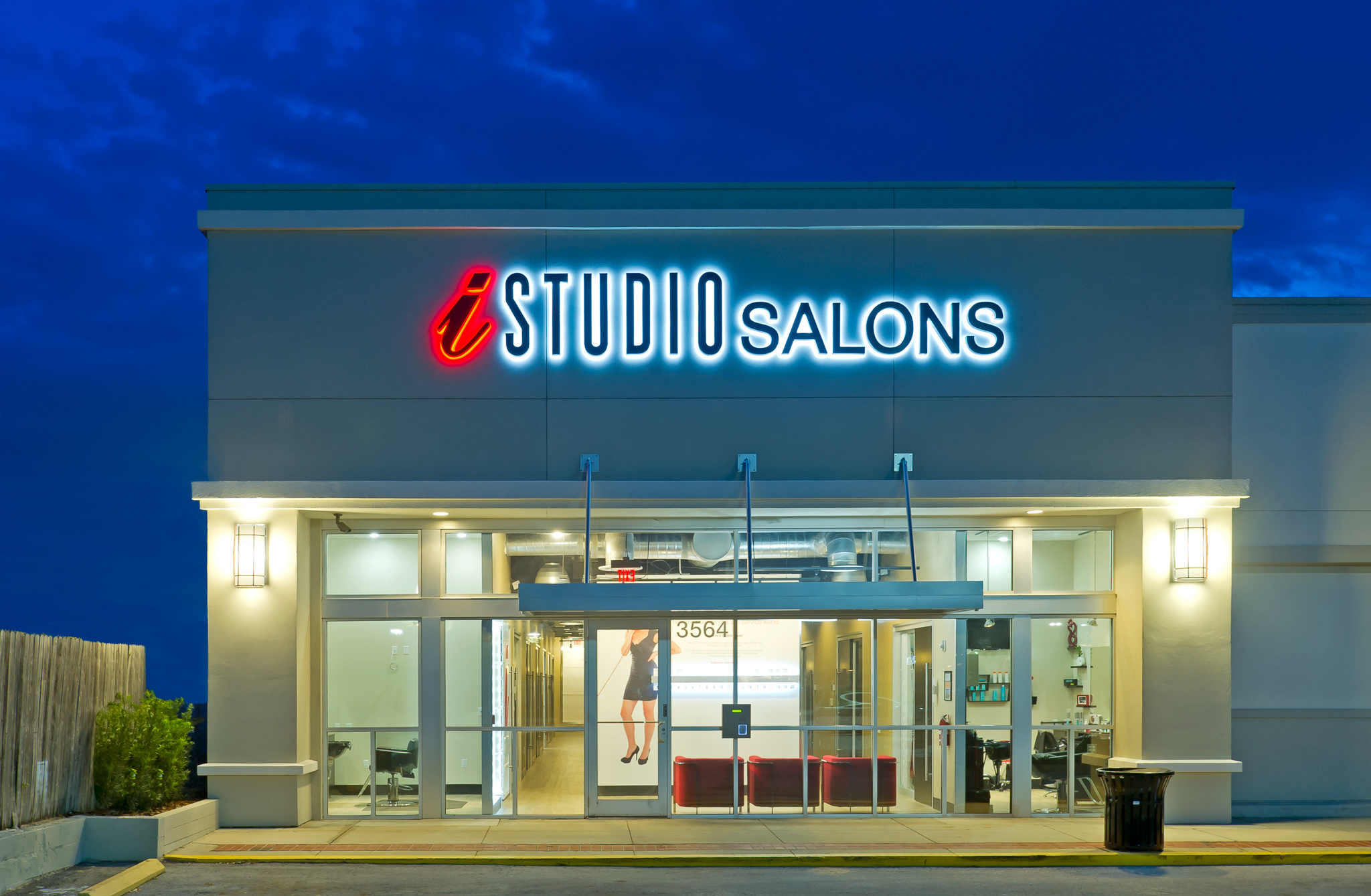 iStudio Salons East Colonial