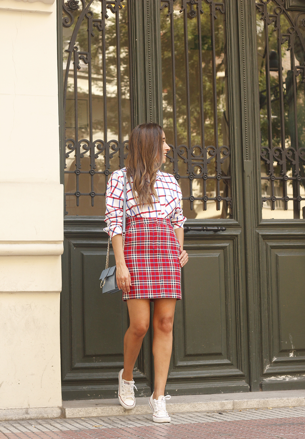 check skirt check shirt converse autumn outfit street style 201803