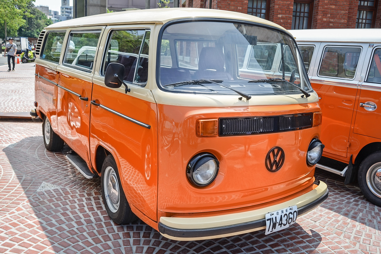 VW-17