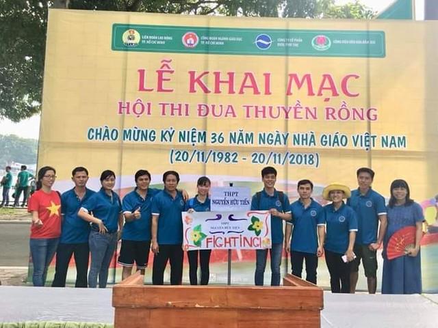 Tham gia hoạt động chào mừng ngày NGVN 20/11/2018 tại Đầm Sen Ngày 04/11/2018