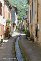 Water stroomt door de straat in Durfort - Photo of Arfons