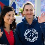 Gabriela Dabrowski, Yifan Xu of China