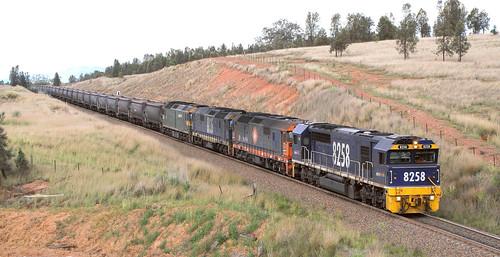 8258 + 8124 + 8135 & G520 PORT KEMBLA TO WAMBO COLLIERY LOADER.