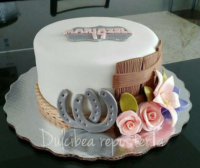 Cake by Dulcibea Repostería