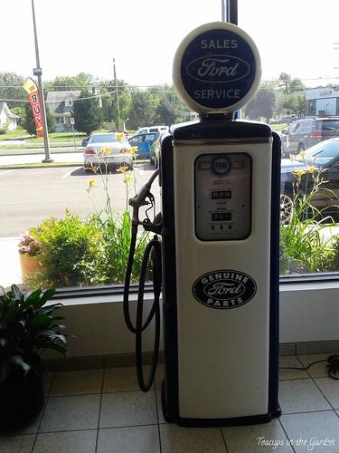 2-Vintage Gas Pump