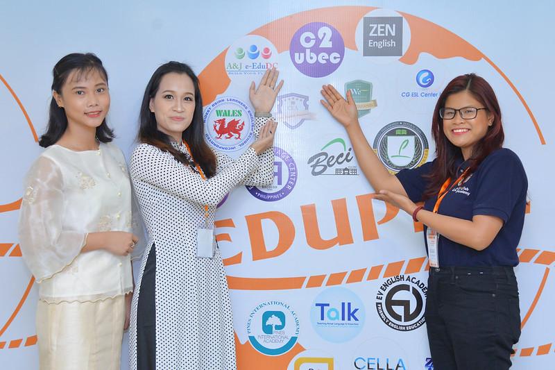 Trường Anh ngữ C2 Ubec tại EDUPHIL FAIR 2018