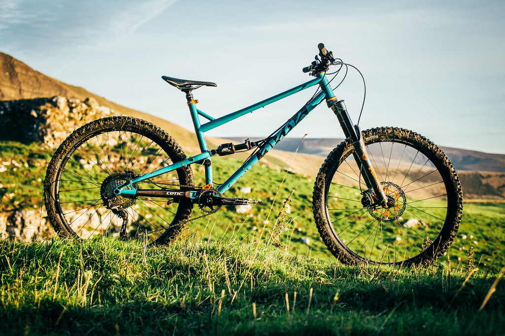 50eb22bc7e8 If you missed the launch information from last month, the RocketMAX is our  29er Enduro bike. Decked out with 150mm of rear travel on our proven  droplink ...