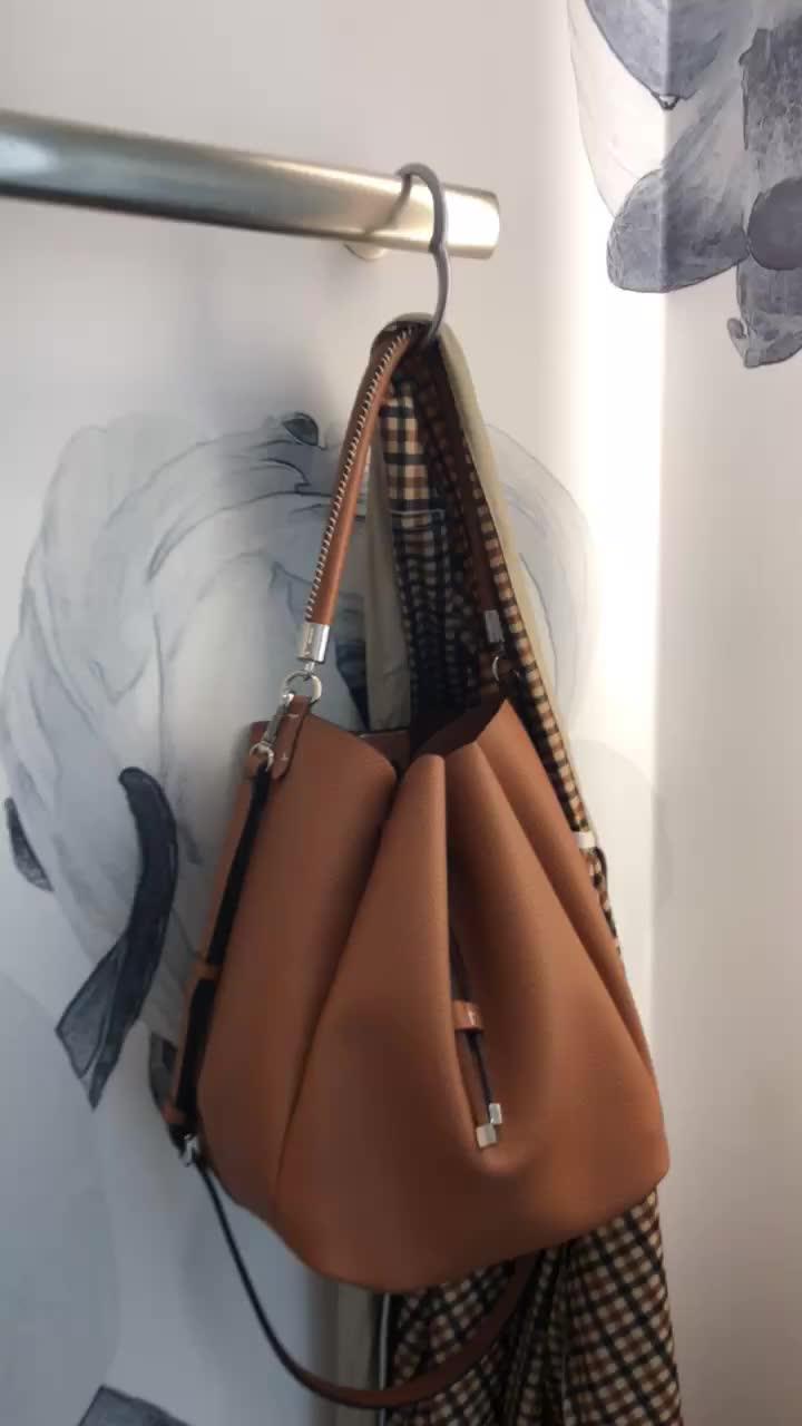 Clipa2 Bag Hanger (in matte silver)