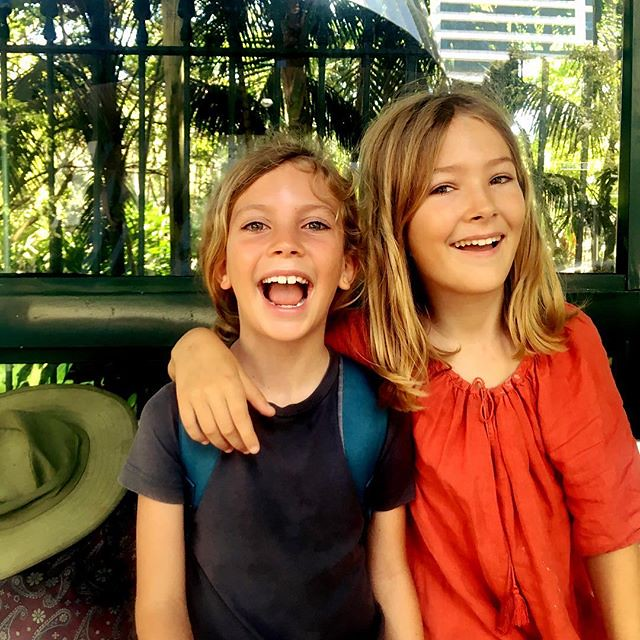 214/365 • recreating an old photo from waaaay back in my feed...incidentally, they've been warned that for every time they fight, the longer they have to stay in #Lincraft with me • . #brisbane #sisters #busstop #brisbaneriver #city #wilderness1100 #weath