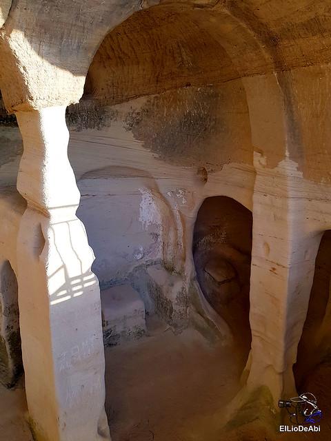 Des concierto clandestino  Iglesia rupestre San Miguel de Presillas (15)