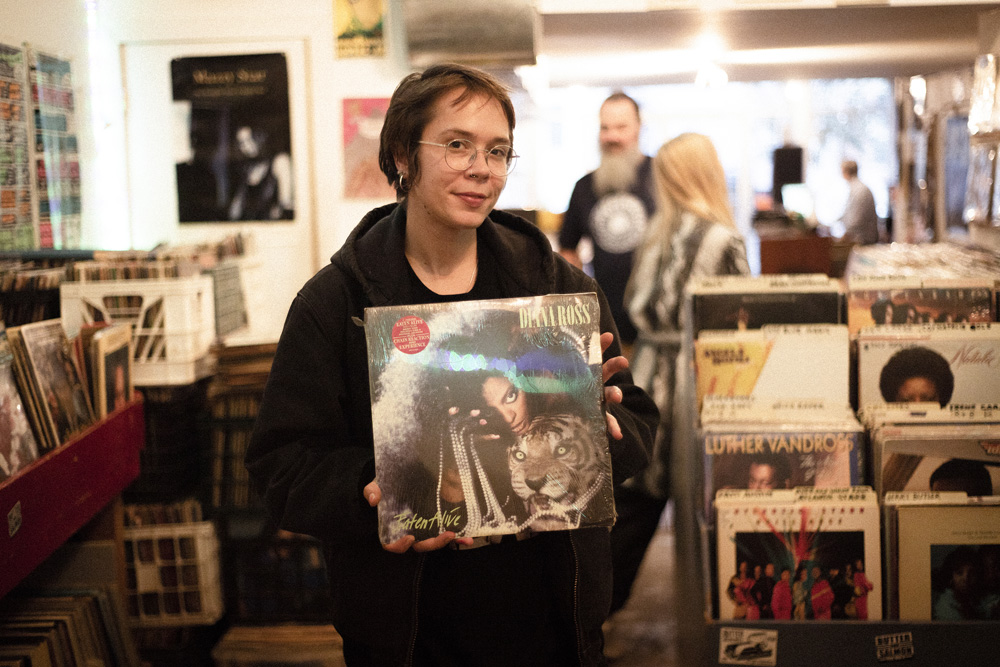 Record Shopping with Dream Wife at Philadelphia Record Exchange