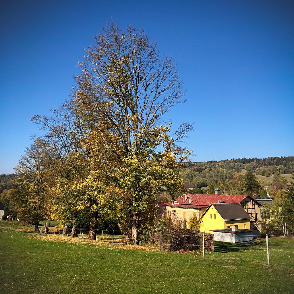 Wolfsberg, Eulenhöhle und Wolfsbachtal