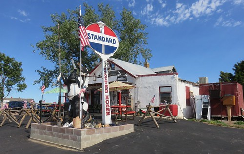 Old Standard Oil Service Station (Spotted Horse, Wyoming)