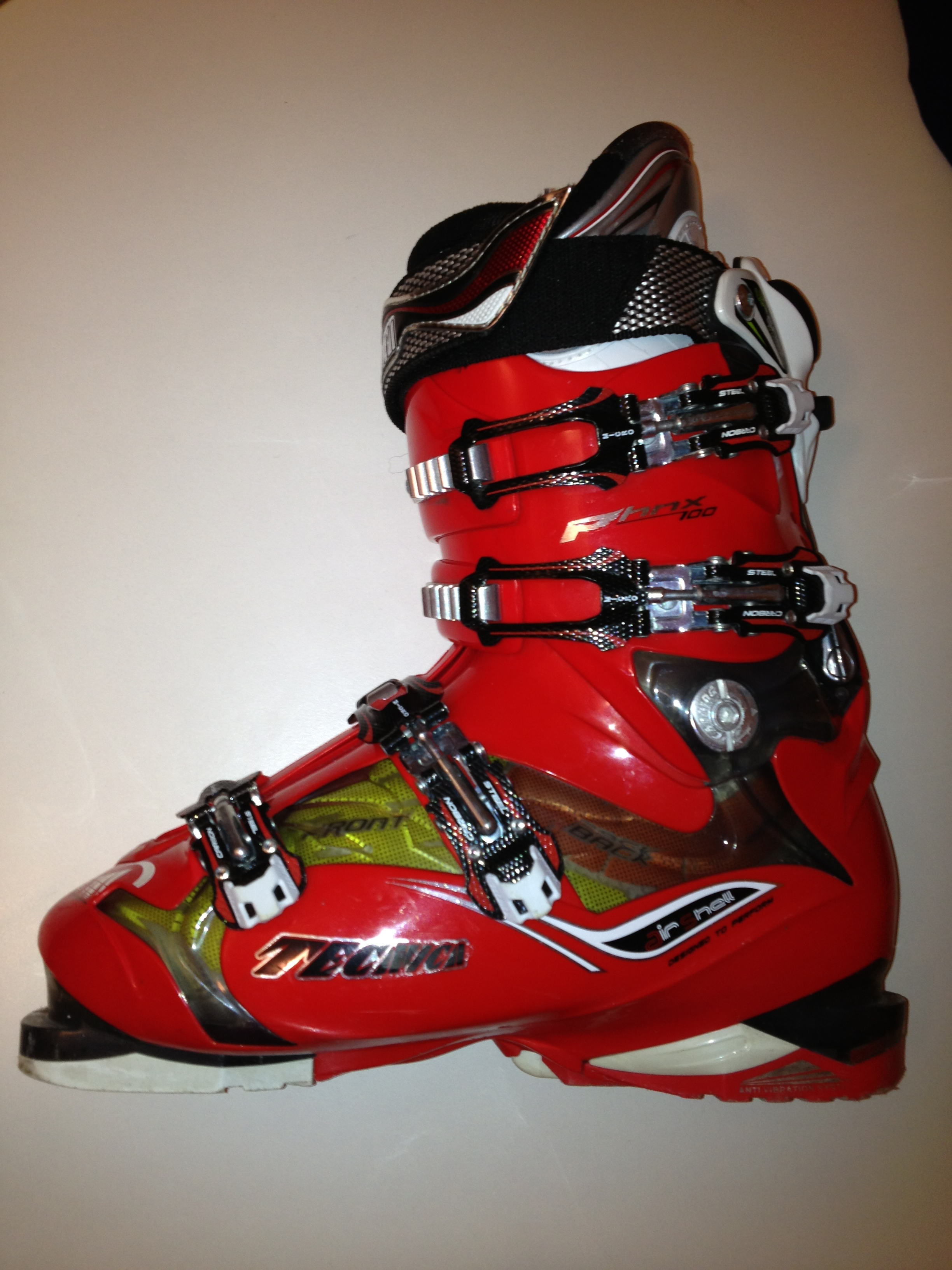 Lyžařské boty Tecnica Phoenix 100 Air Shell - Bazar - SNOW.CZ 88326b4acb