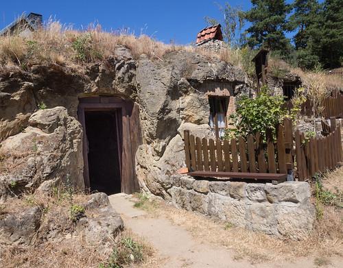 Höhlenwohnungen in Langenstein bei Halberstadt (2)
