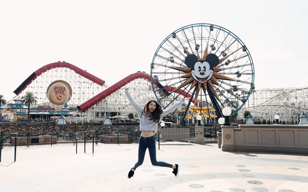 6539-ootd-fashion-style-outfitoftheday-wiwt-streetstyle-hollister-f21xme-asianfashion-forever21-disneyland-disneycaadventure-koreanfashion-lookbook-itselizabethtran
