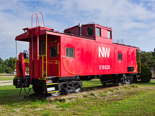 NW 518526 caboose - 1