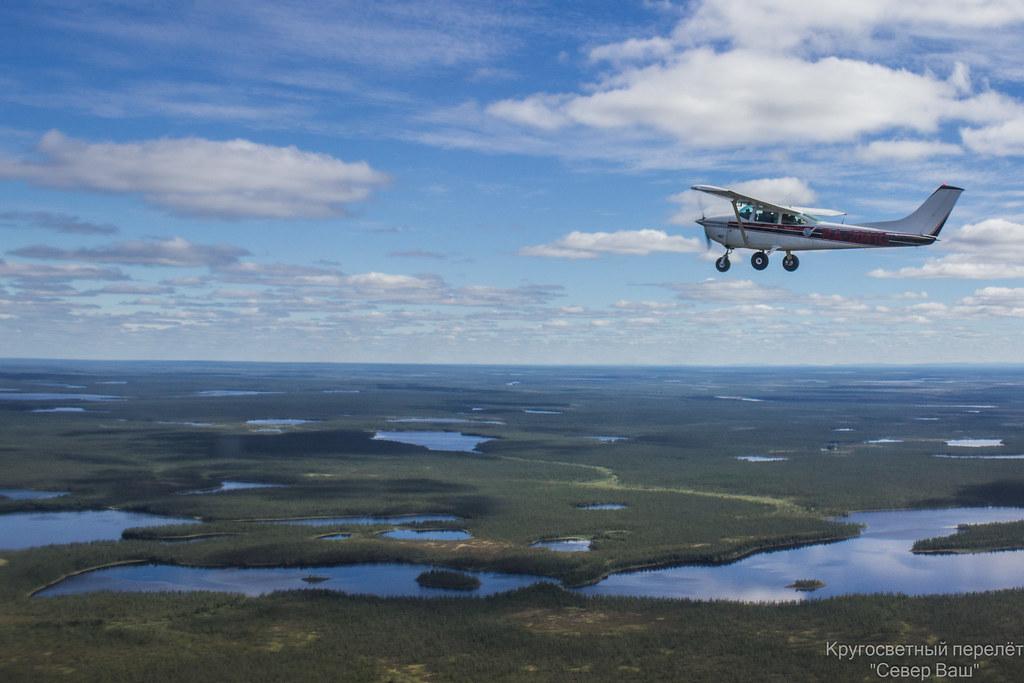 Cessna-182 в полёте