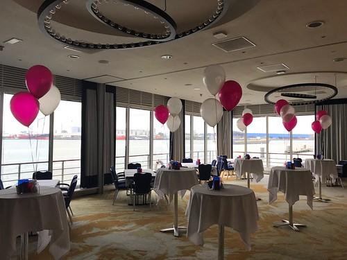 Tafeldecoratie 3ballonnen Delta Hotel Vlaardingen