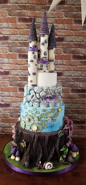 Cake by Sweet Juju Cakes LLC